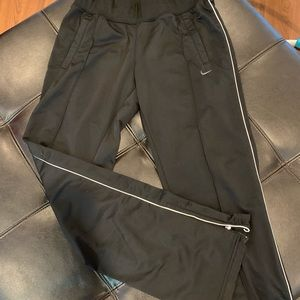 Nike track pants like new!